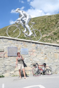 Gerda at the summit of Col du Tourmalet